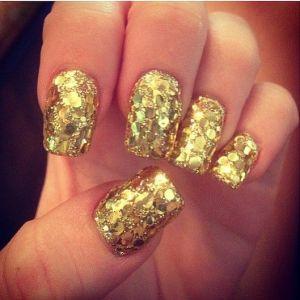 gold glitter nail