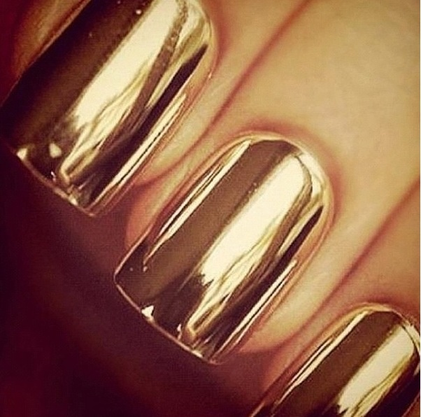 Metallic Gold Nail Polish: Nail Art Trends Of Winter 2013-14