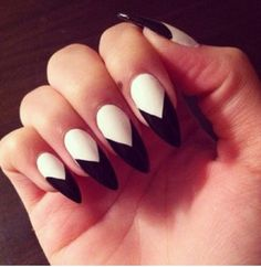 stilletto nails