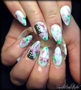 stud nails floral