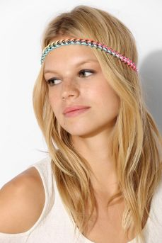 Urban Outfitters. http://www.urbanoutfitters.com/urban/catalog/productdetail.jsp?id=31137854&parentid=W_ACC_HAIRACCESSORIES