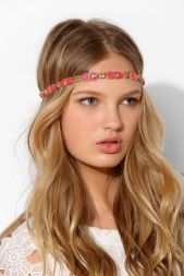Urban Outfitters. http://www.urbanoutfitters.com/urban/catalog/productdetail.jsp?id=31351562&parentid=W_ACC_HAIRACCESSORIES