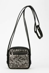 Urban Outfitters. http://www.urbanoutfitters.com/urban/catalog/productdetail.jsp?id=30892103&parentid=W_ACC_BAGS&color=100