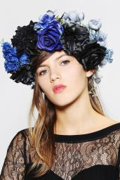 Urban Outfitters. http://www.urbanoutfitters.com/urban/catalog/productdetail.jsp?id=29324886&parentid=W_ACC_HAIRACCESSORIES
