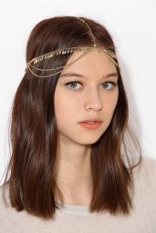 Urban Outfitters. http://www.urbanoutfitters.com/urban/catalog/productdetail.jsp?id=31287089&parentid=W_ACC_HAIRACCESSORIES