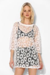 Urban Outfitters. http://www.urbanoutfitters.com/urban/catalog/productdetail.jsp?id=30864813&parentid=W_APP_TEES